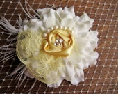Beautiful Cream / Off White and Pale Yellow Zinnia Hair Clip w Pearl Accents, Feathers, Swarovski Crystals and Lace