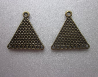 Bronze Triangle Pendants 20x24x1mm 2 Pendants