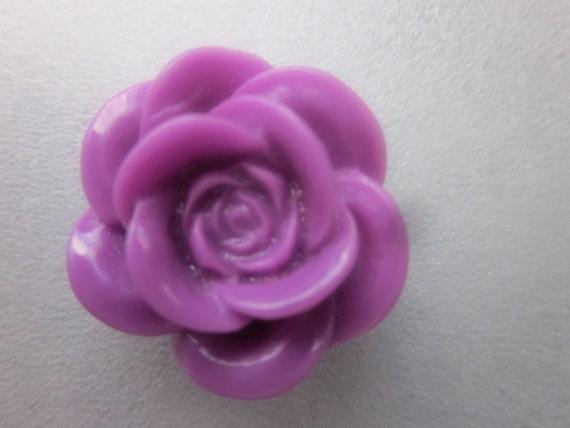 SALE - Purple Flower Resin Cabochon 18mm 4 Cabochons