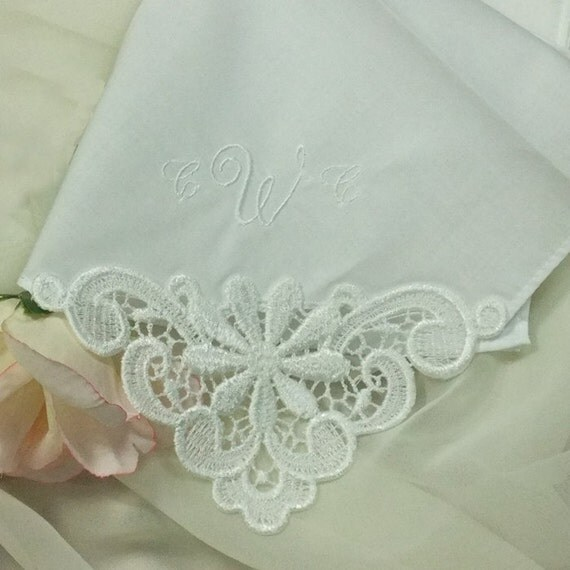 embroidered wedding handkerchief with daisy venice lace 9301c