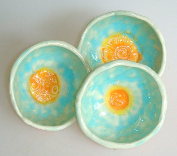 small bowls for snacks, trinkets