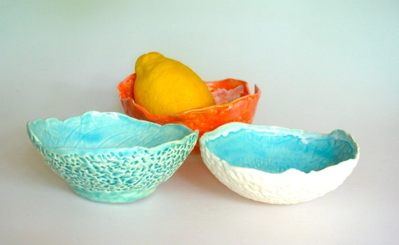 small bowls, aqua and tangerine, for snacks, ice cream bowls