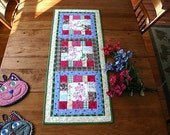 Flowers & Blooms table quilt - quilted table runner