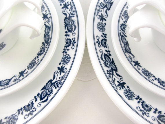 Vintage Corelle Livingware Old Town Blue Set for Four Dishes with Stacking Cups and Saucers 1970