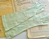 Glorious Green Vintage Gloves