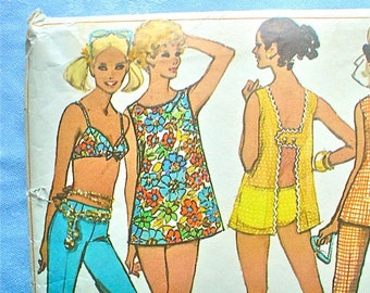 1960s Bikini Bathing Suit Pattern with Summertime Wardrobe Vintage Sewing Pattern Simplicity 8153 Size 8