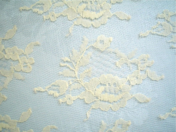 Chantilly Lace Fabric Rose Wreaths Vintage Ecru Dark Cream Color One Yard Treasury Item