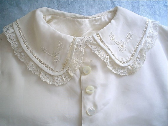 Beautiful Vintage Baby Coat -- 1920s Creamy White with Lace and Embroidery