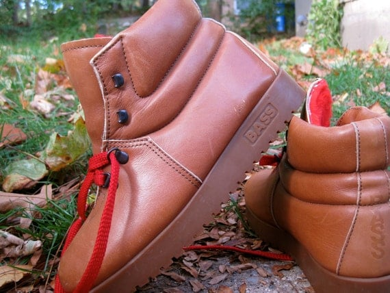 1970s Bass platform SugarLoafer leather Hiking boot- 8