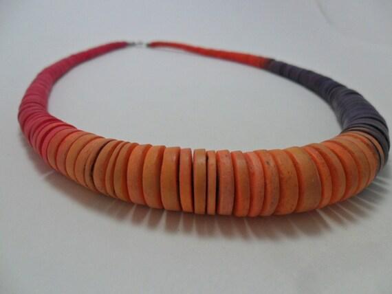 Vintage Necklace / Collar Wood Wooden Graduated Disks Orange Tangerine Purple Pink Boho 1980s