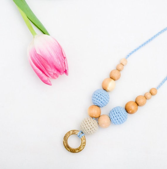 100% Certified Organic - Nursing Necklace / Teething Necklace for Mom to wear - blue an oatmeal with coconut circle pendant