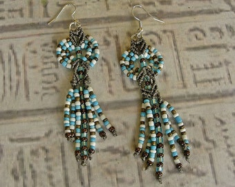 Micro macrame earrings in turquoise bronze and white