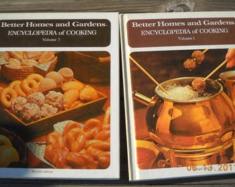 Vintage Better Homes and gardens Encyclopedia of cooking vol. 1 and 7 (2 books) great for holidays