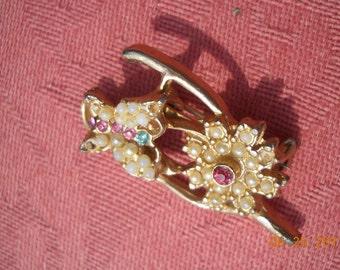Vintage wishbone brooch pin art deco flower with butterfly goldtone