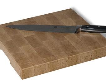 Sturdy cutting board, in beech wood