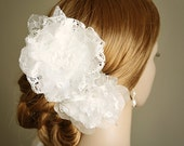 SUNNIVA, Ivory Bridal Fascinator, Vintage Wedding Hair Flower Fascinator, Lace and Silk Organza Wedding Head Piece, Bridal Hair Accessories