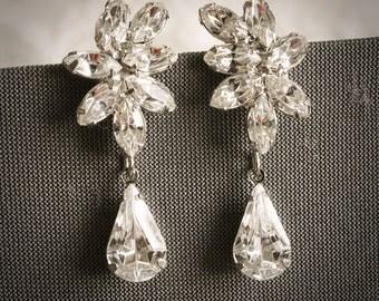 DARALIS, Vintage Style Wedding Earrings, Swarovski Crystal Bridal Drop Earrings, Marquise Oval Rhinestone Stud Earrings, Bridal Jewelry