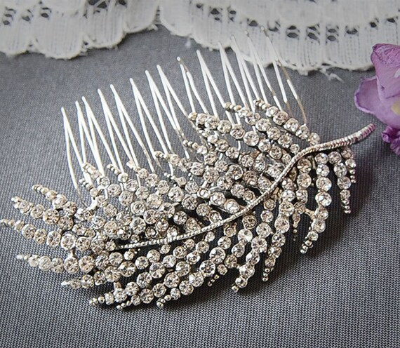 LUCILA, Bridal Hair Comb, Wedding Hair Comb, SWAROVSKI Crystal Vintage Style Bridal Comb, Wedding Comb, Old Hollywood Wedding Hair Accessory