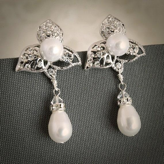 GAILIE, Vintage Style Bridal Wedding Stud Earrings, Filigree Leaf Swarovski Crystal and Pearl Wedding Bridal Earrings, Art Deco Jewelry