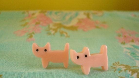 Standing Cute Kitties Kawaii Earring Studs In Light Pink