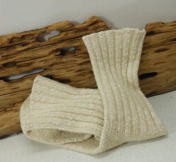 Vintage Socks Heather Wool Cream Beige Ribbed Pattern