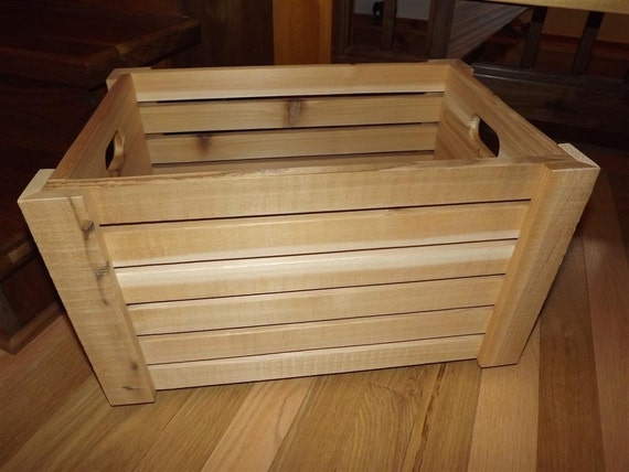 Private listing/ wood crate/ box/