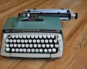 Cool Green Smith Corona Classic 10 Manual Typewriter