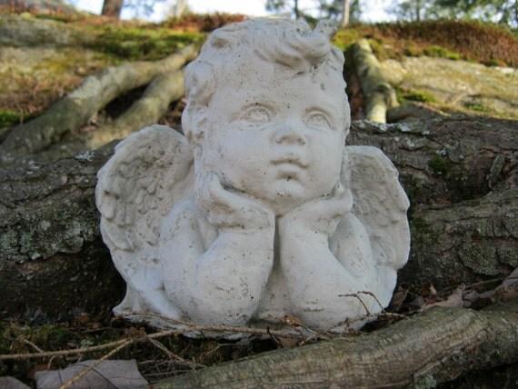 Angel Cherub Concrete Statue