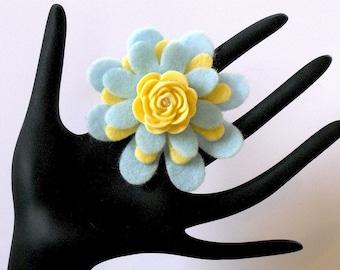Suri (Funky Felt Flowers Cocktail Ring)
