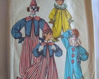 Simplicity Pattern Clown Costume Halloween Costume Pattern
