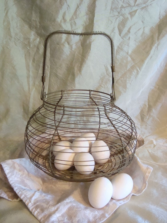 Vintage Farmhouse Country Wire Egg Basket-TREASURY ITEM-
