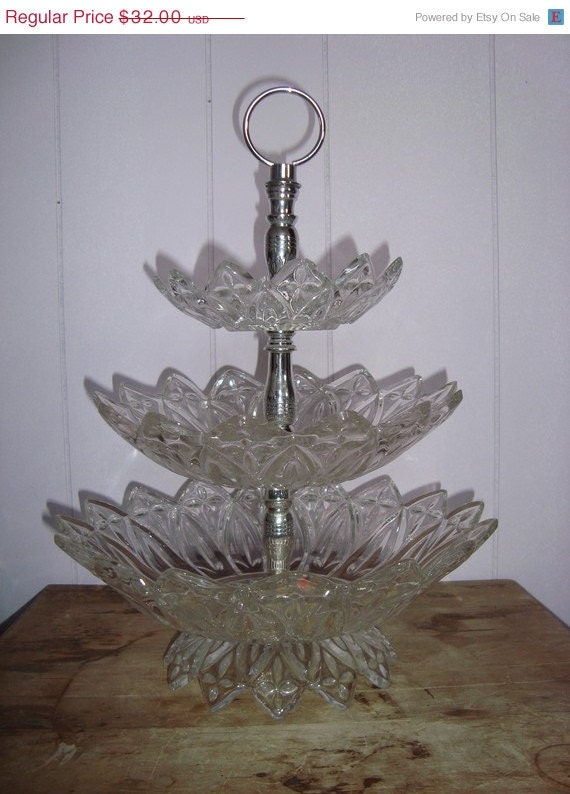Vintage Crystal 3 Tier Server