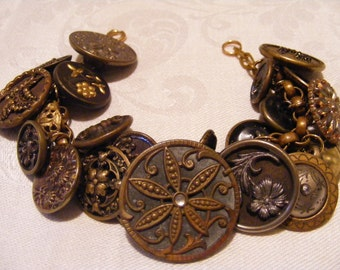 """Victorian Charm Bracelet Picture Buttons Vintage Upcycle Jewelry 23  Buttons Assorted Size All Unique  7.5"""" length One Of A Kind"""