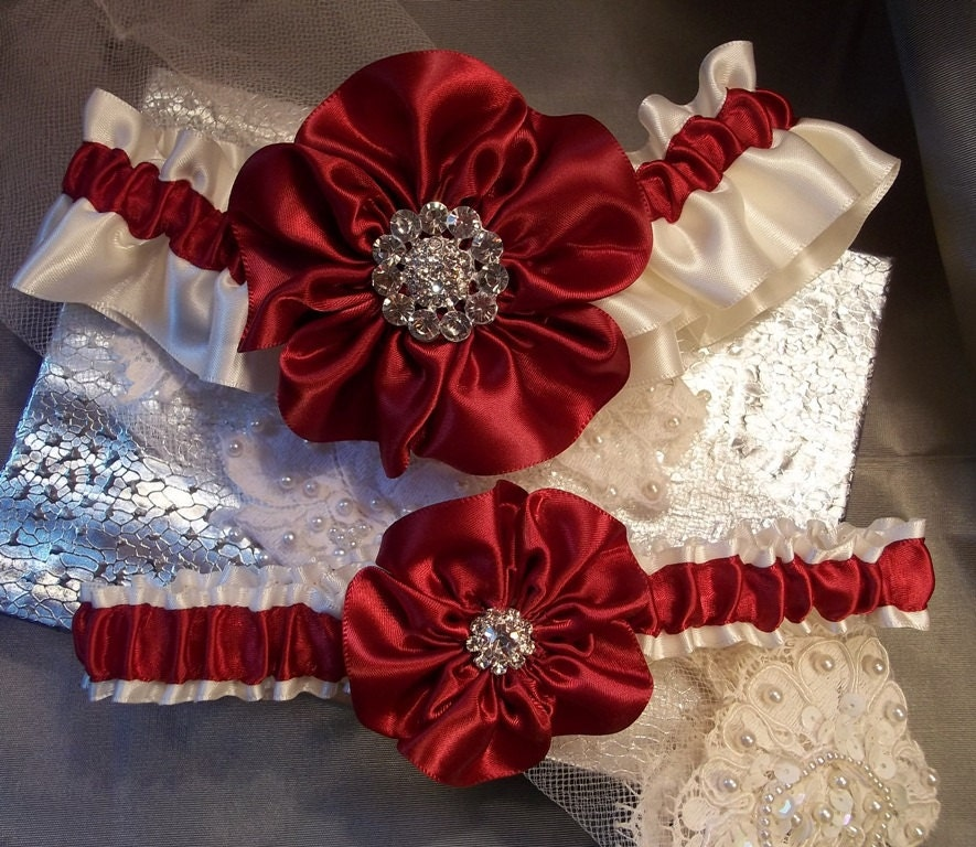Red Wedding Garters: Bridal Garter Set Wedding Garter Set Apple Red Garter Ivory