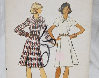 Vtg 1960s Vogue Pattern 8784 Size16 Semifitted Mid Knee Princess Seam Side Front Pleats Round Neck Long/Short Sleeves Ties at Neck Epsteam