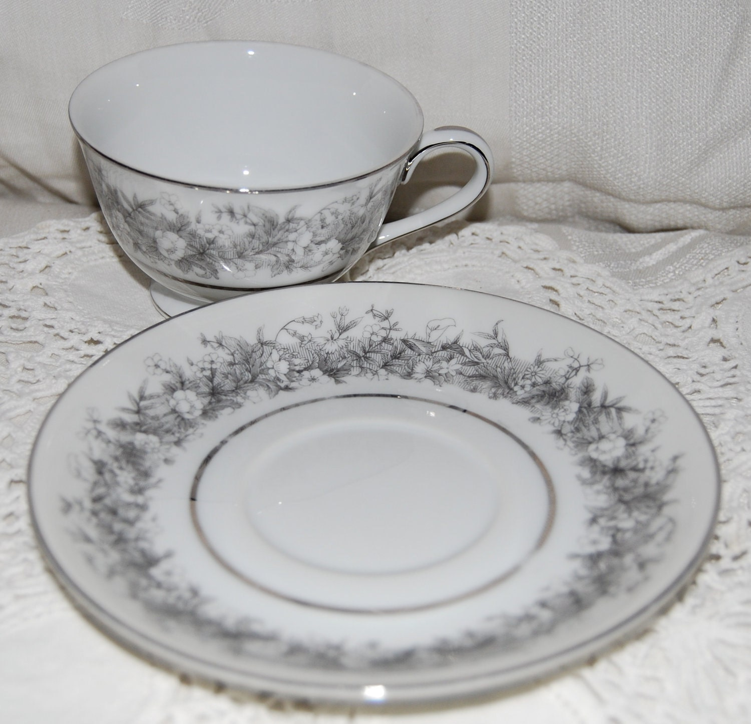 Vintage Sango Fine China Florentine Pattern 2271 Cup and