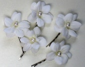 Bridal White Hair Flowers with Swarovski Pearl, Bridesmaid, Flower Girl, Photo Prop