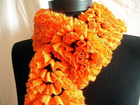 PATTERN for the Orange on black handknitted ruffle scarf, unique, original design. pdf, pattern. The pumpkin scarf pattern