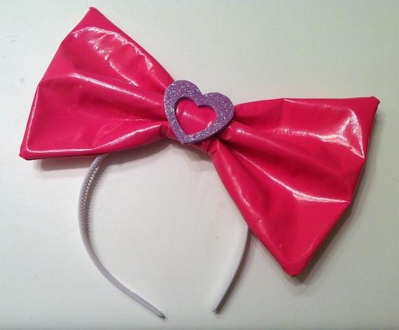 Cyber pink vinyl hair bow