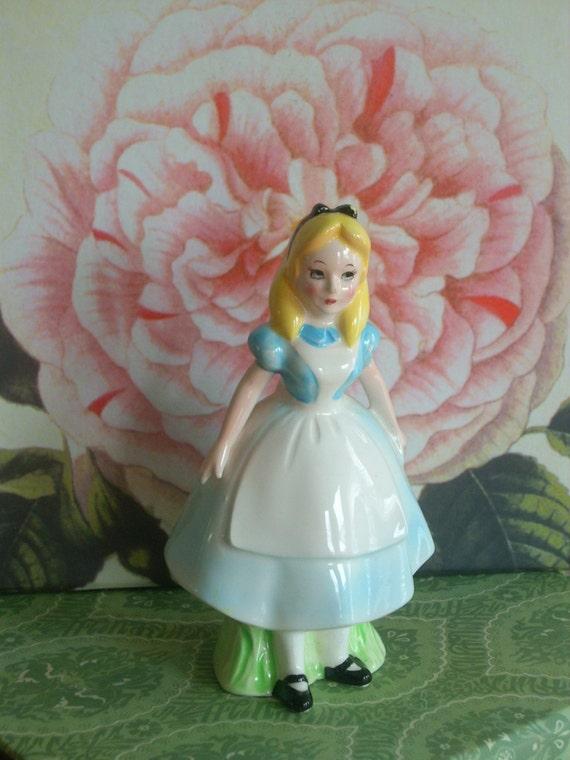 Alice in Wonderland figurine set