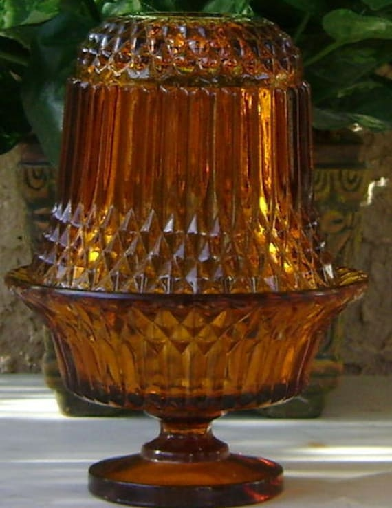 Indiana Glass Amber Fairy Lamp 1960-1970 with a Pair of Lustre Glass Coasters