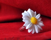 Happy Daisy adjustable ring