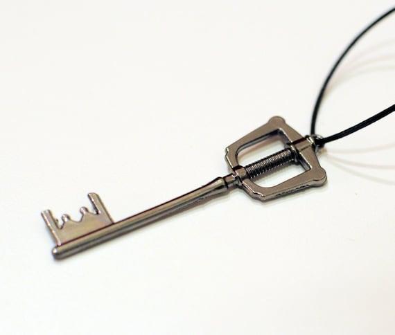 Kingdom Key - Kingdom Hearts Keyblade necklace