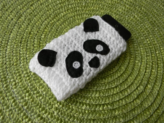 Panda iPod cover / cozy