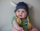 Viking Hat, Viking Helmet, Baby Viking Beanie, Hat with horns, Baby Viking hat, Newborn Viking Beanie, Halloween Costume, Hat with Braids
