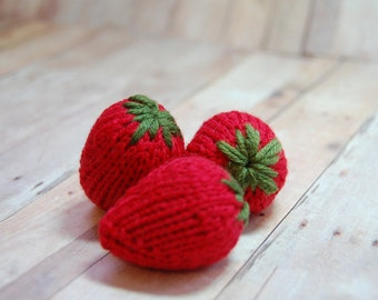 Strawberries, Knit Strawberries, Pretend Food, Play Kitchen Food, Berries, Pretend Play, Play Food, Knit Red Berries, Knit Ornaments