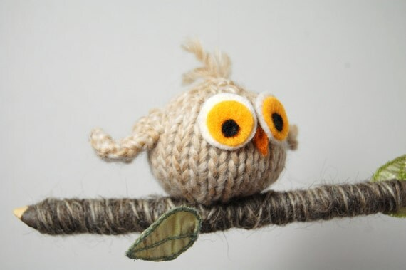 Owl Mobile, Owl Baby Mobile, Baby Mobile, Owl Nursery mobile, Bird Mobile, Owl Ornament, Owl Ornament, Owl on Branch, Woodland Mobile,