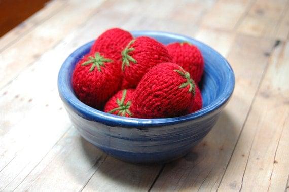 Knitting Pattern Strawberries Waldorf Play Food Amigurumi PDF- Squishy Strawberries - Red Berries - DIY