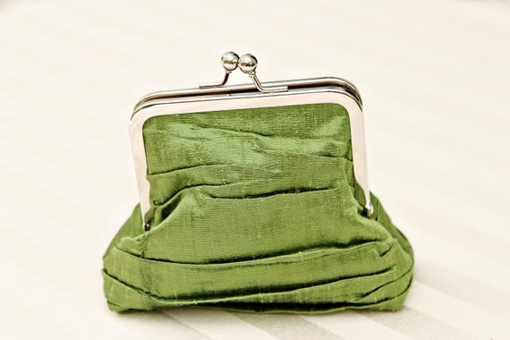 "4.5"" Tucked Green Silk Coin Purse"