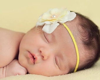 Spring Yellow & White Glitter Layered Hydrangea Baby Flower Headband. Pearl Netting Flower headband Baby girl bows. Photography prop
